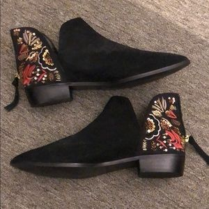 Kenneth Cole beaded booties
